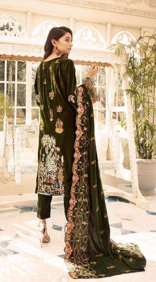 Wishcart-Pakistanisuits-Shaista Embroidered Velvet Dresses 2019- SVC-298-01