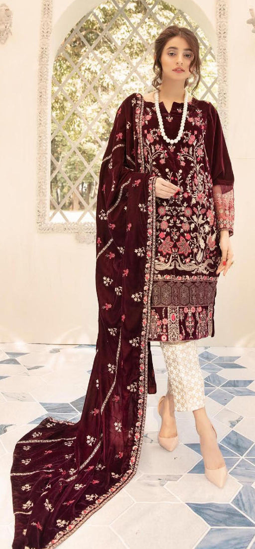 Wishcart-Pakistanisuits-Shaista Embroidered Velvet Dresses 2019- SVC-306-01