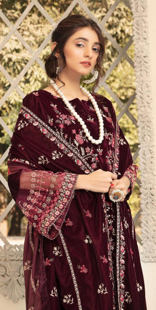 Wishcart-Pakistanisuits-Shaista Embroidered Velvet Dresses 2019- SVC-306