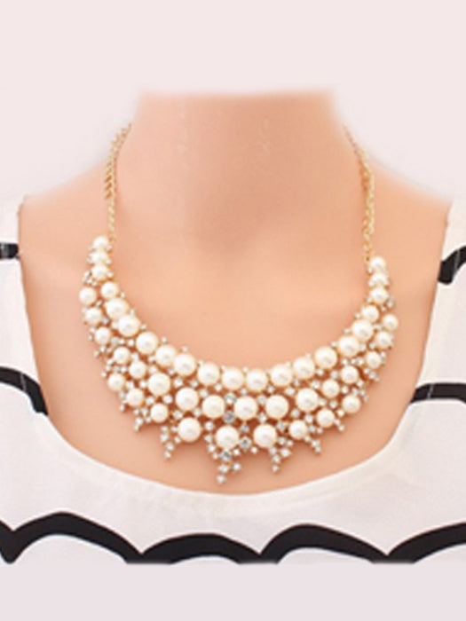 Shinny pearl necklace@wishcart.in