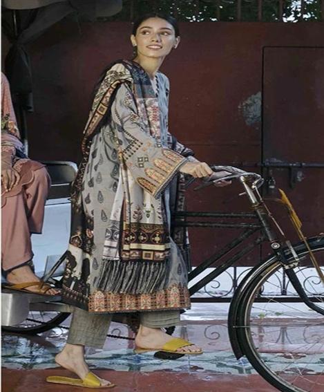 wishcart-Pakistanisuits-Qalamkar Qline Linen Collection 2019 QLA04