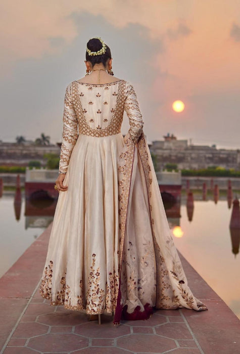 wishcart-Pakistanisuits-Qalamkar X Faiza Saqlain Wedding Dresses 2019-Saleena-08