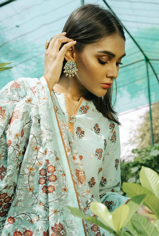 wishcart-Pakistanisuits-Rehab Luxury Shawl Collection 2019 by Qalamkar -QWK01-Kashmiri Tanka
