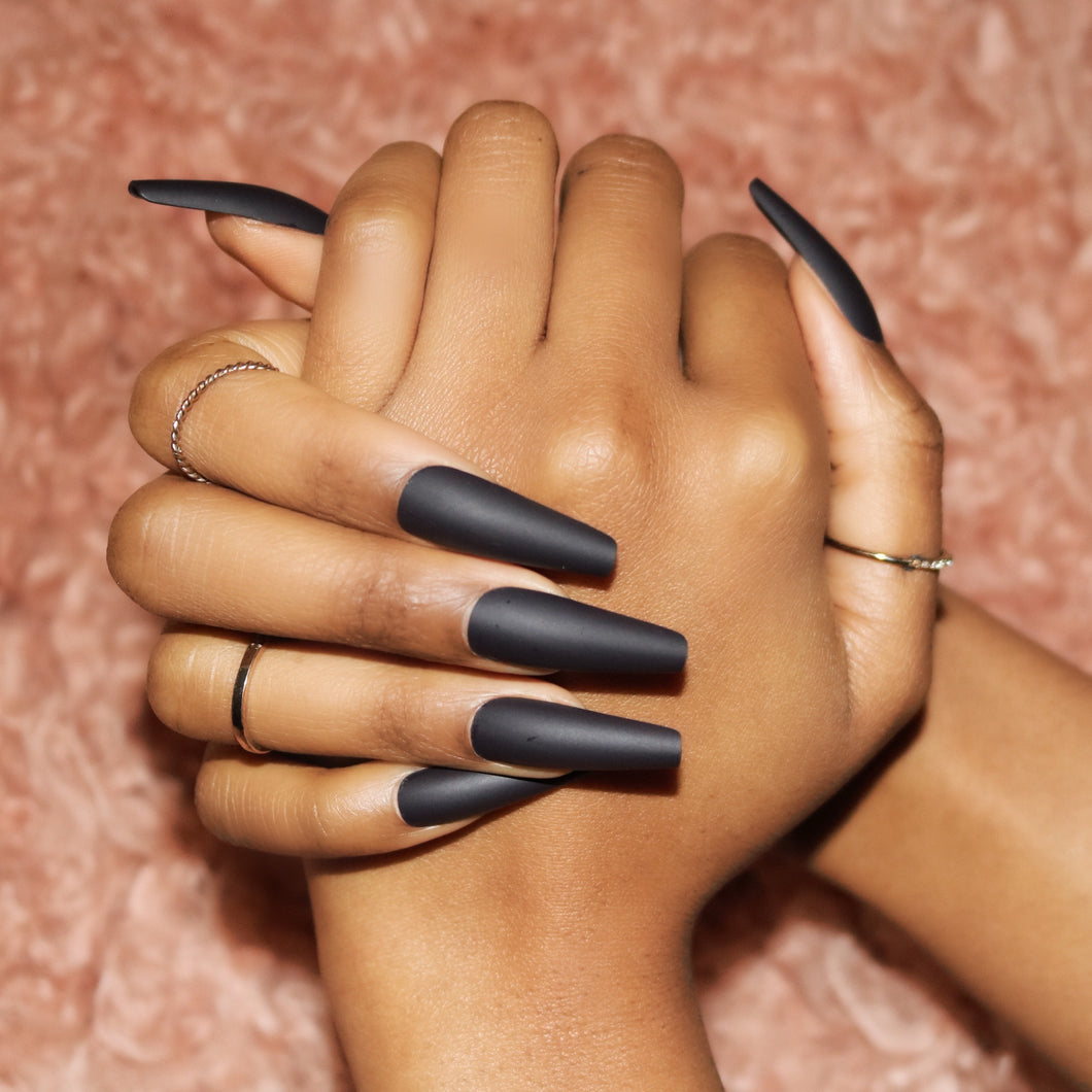 Black Press On Nails