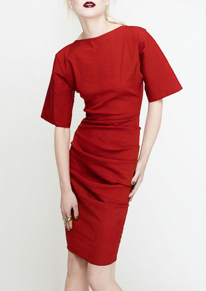 La petite S Kimono sleeve dress in red stretch linen