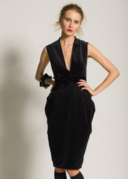 La Petite S***** AW09 black velvet v neck dress
