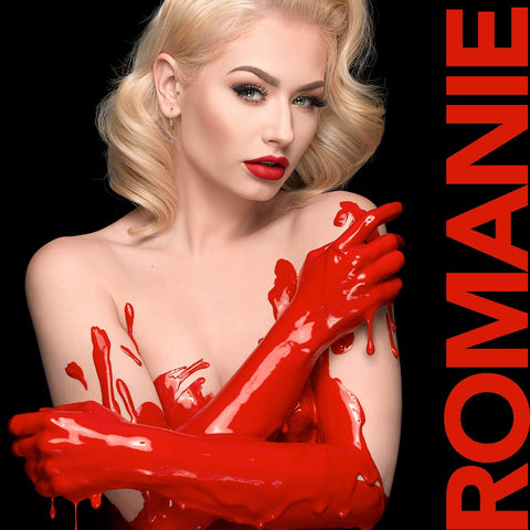 R O M A N I E<br/>Romanie Smith by Saglimbeni <br/>Gallery Portraits & Metal Prints