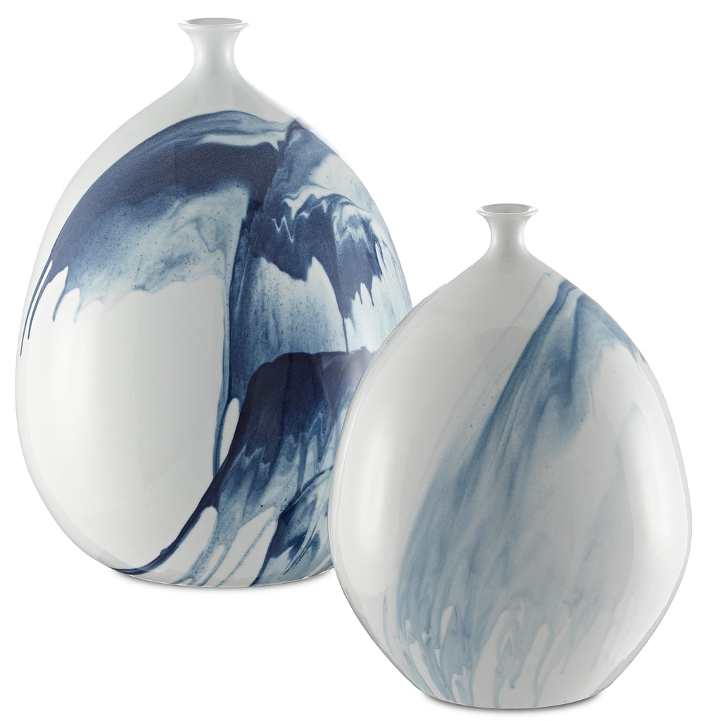 Tora Vase in Various Sizes by Currey & Company