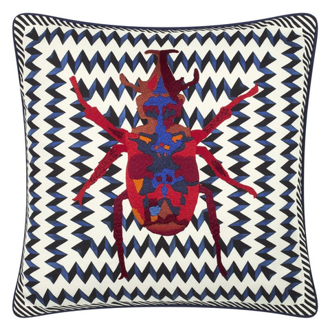 Beetle Waves Oeillet Decorative Pillow