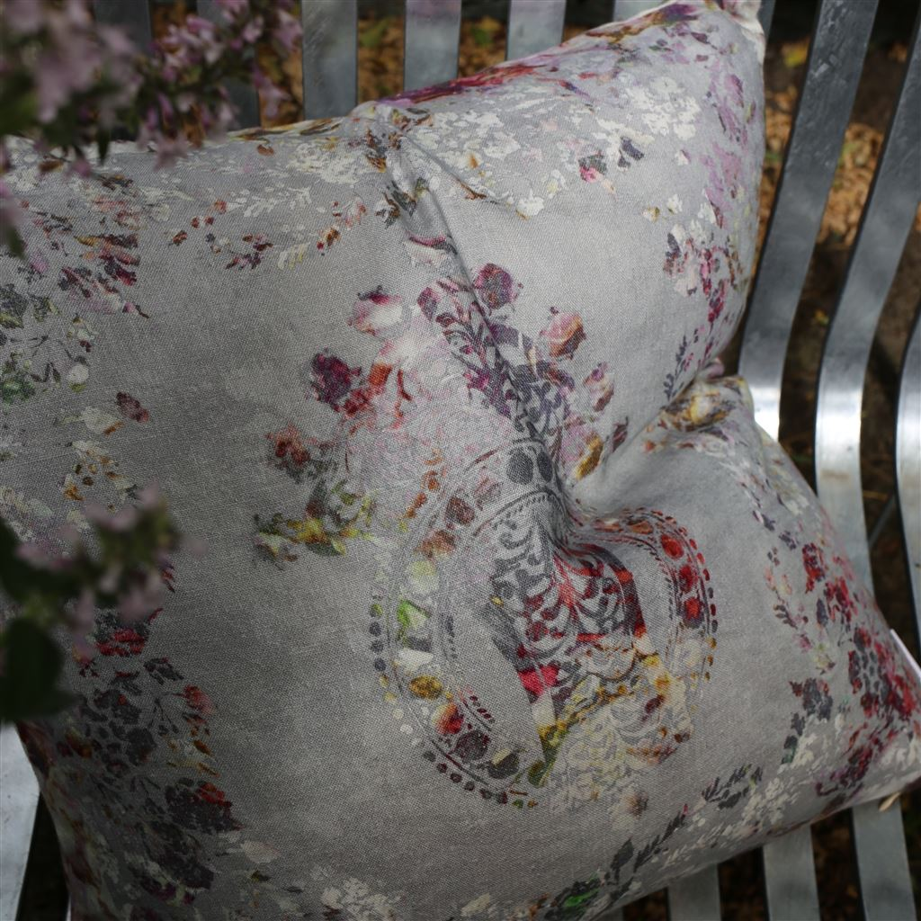 Osaria Dove Cushion