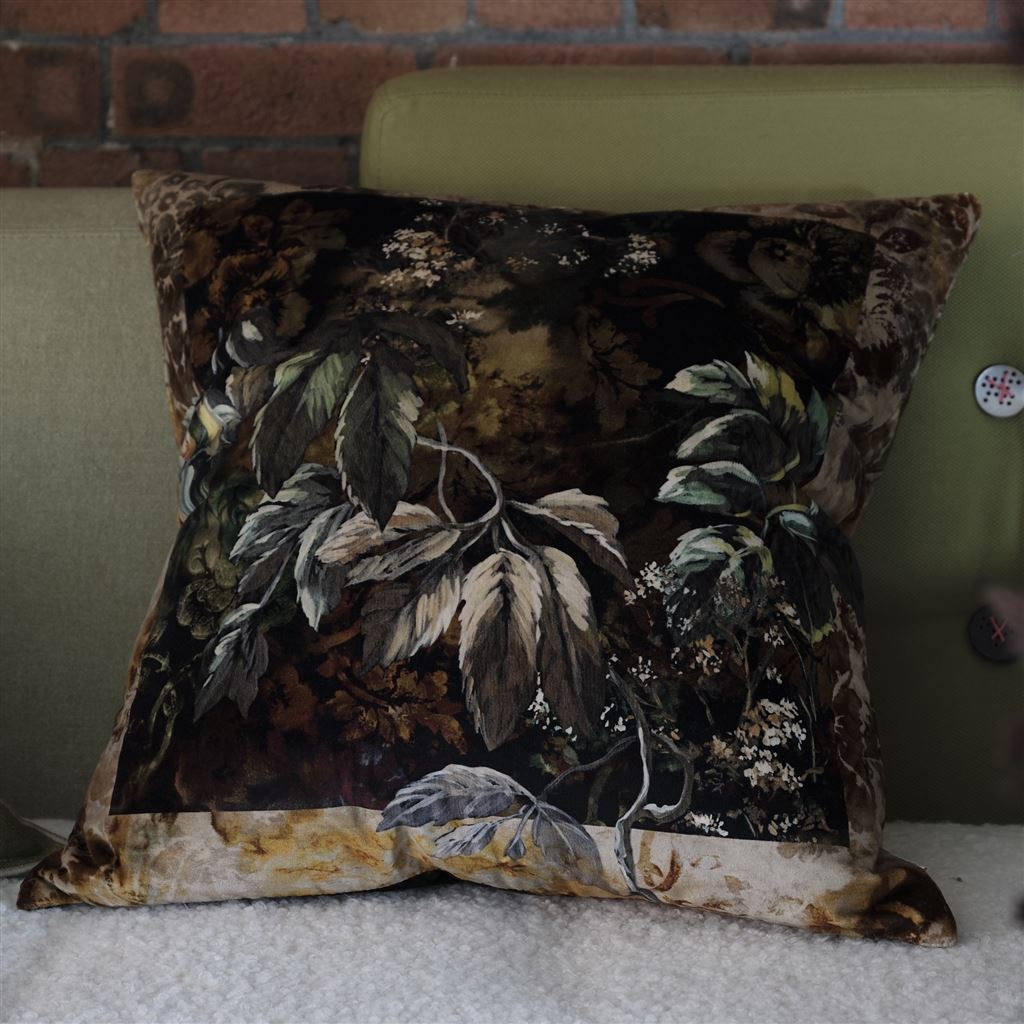 Jangal Moss Decorative Pillow