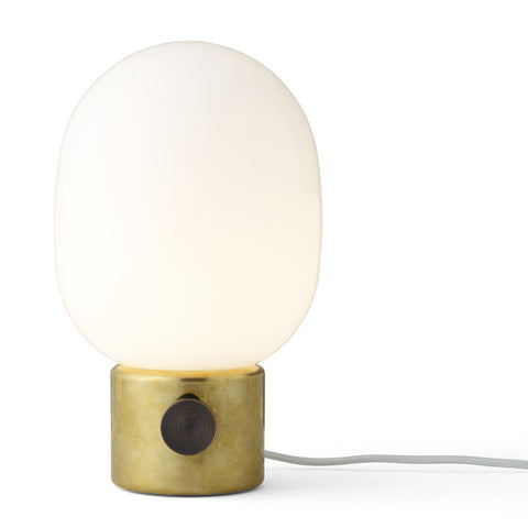 JWDA Metallic Table Lamp in Mirror Polished Brass design by Menu