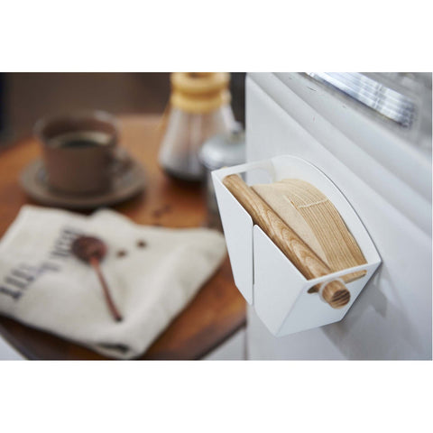 Tosca Magnet Coffee Filter Holder by Yamazaki