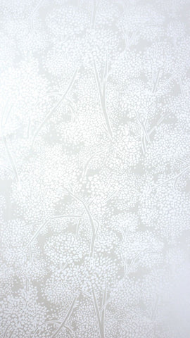 Woodsford Wallpaper in silver Color by Nina Campbell