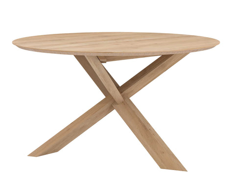 Oak Circle Varnished Dining Table in Various Sizes