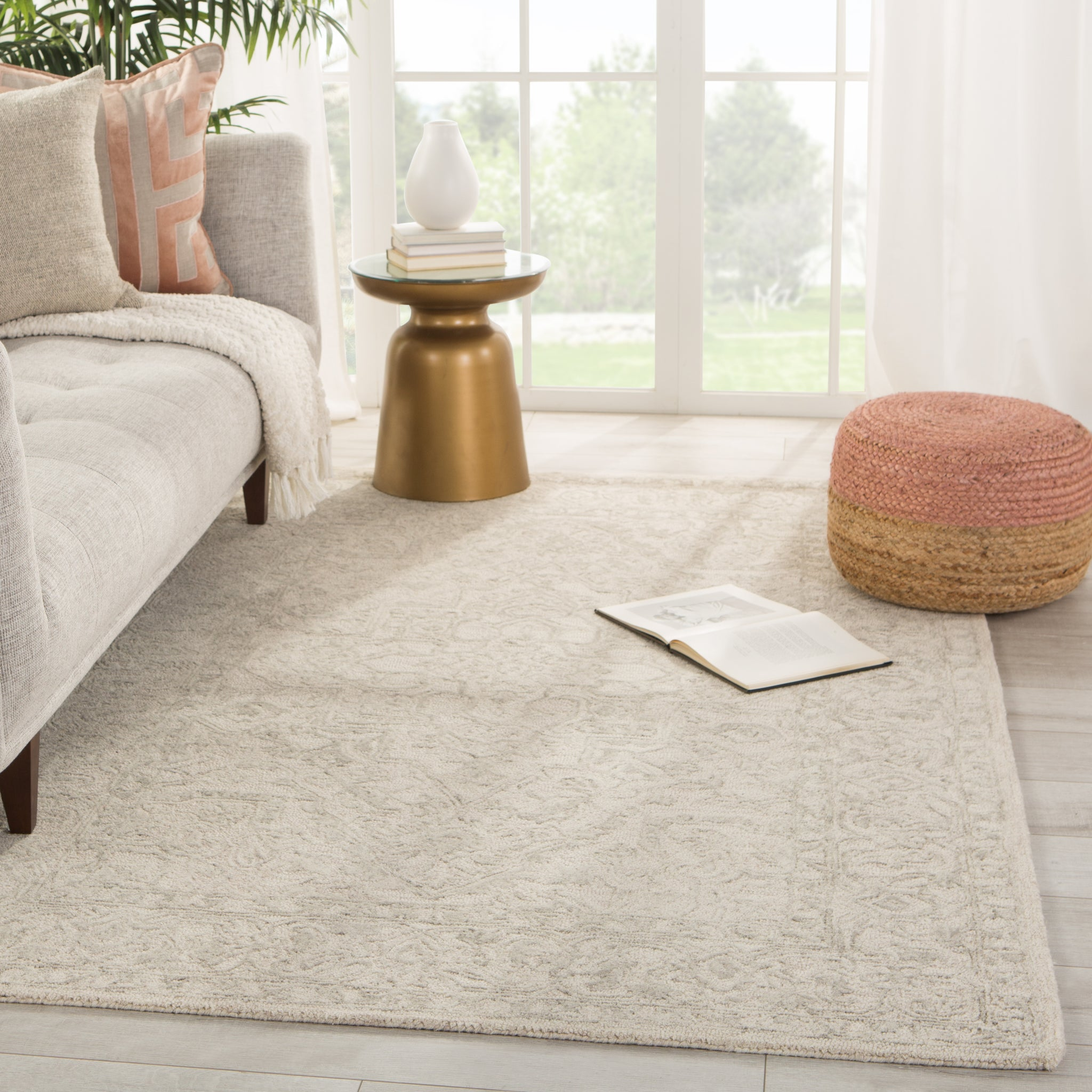 Lena Handmade Medallion Light Gray Cream Rug Burke Decor