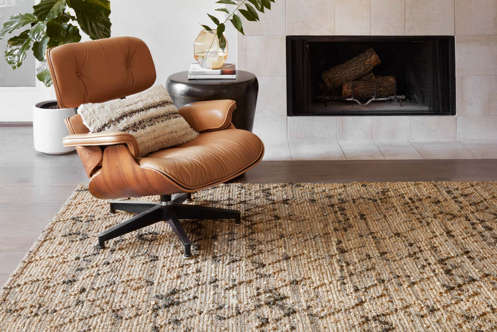 Beacon Rug in Charcoal design by Loloi