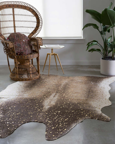 Bryce Rug in Mocha & Gold design by Loloi