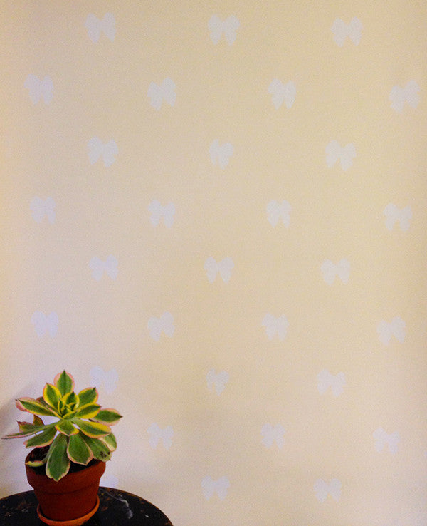 Bowie Wallpaper in Cream design by Cavern Home