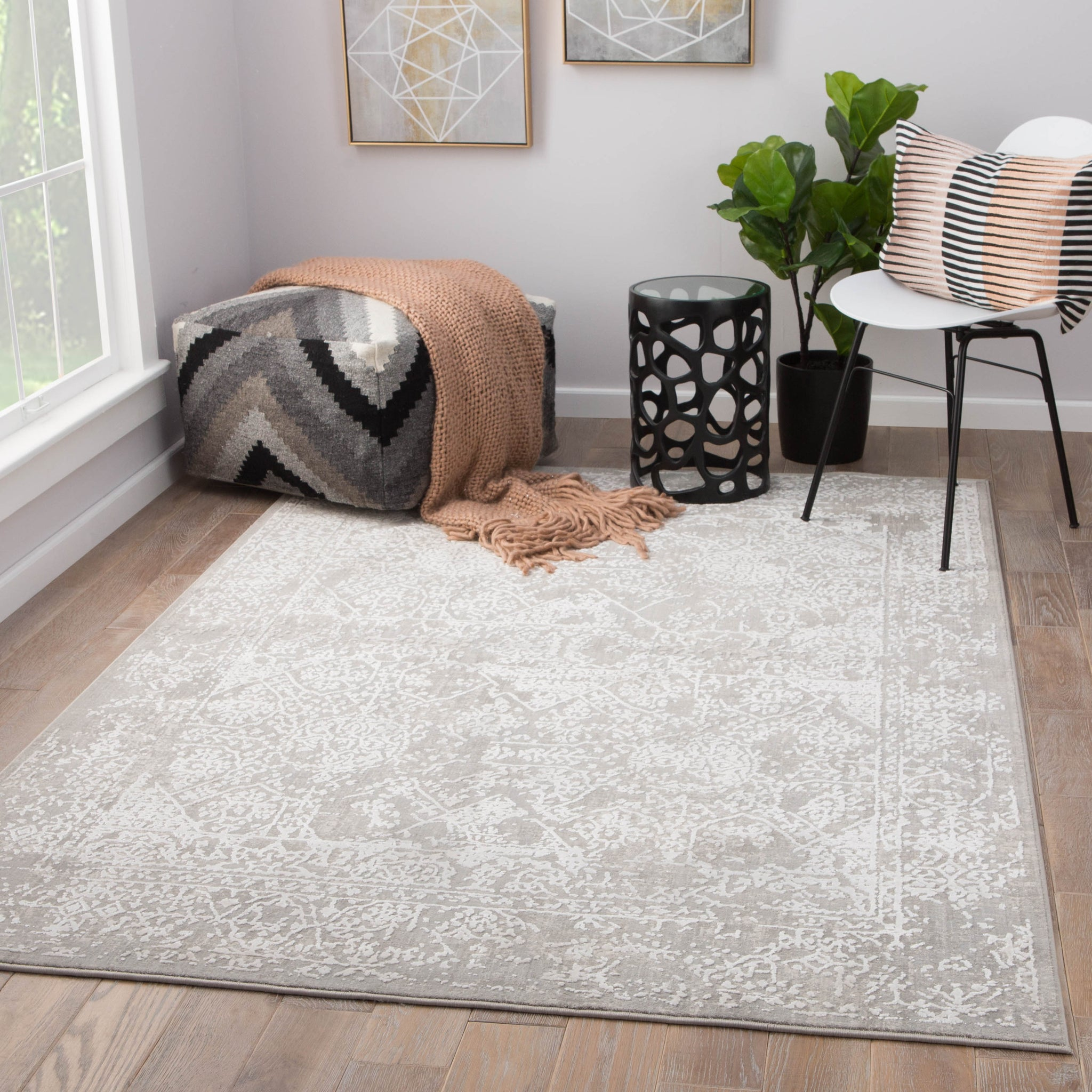 Lianna abstract gray white area rug design by jaipur for Gardening tools jaipur