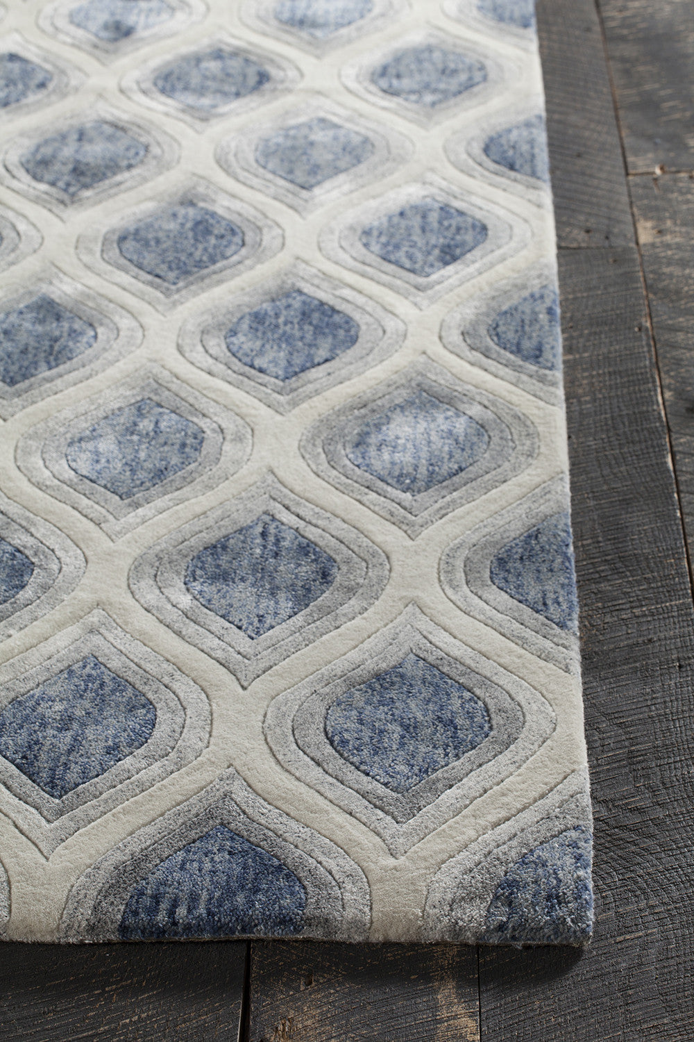 Clara Collection Hand Tufted Area Rug In Blue Grey White Design