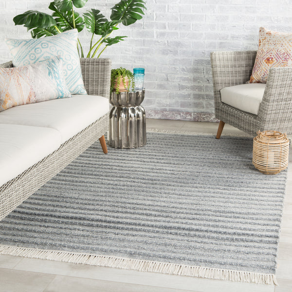 Torre Indoor/ Outdoor Solid Gray/ Cream Rug by Jaipur Living
