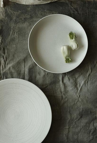 Anabra Platter Bowl in Matte White design by Canvas