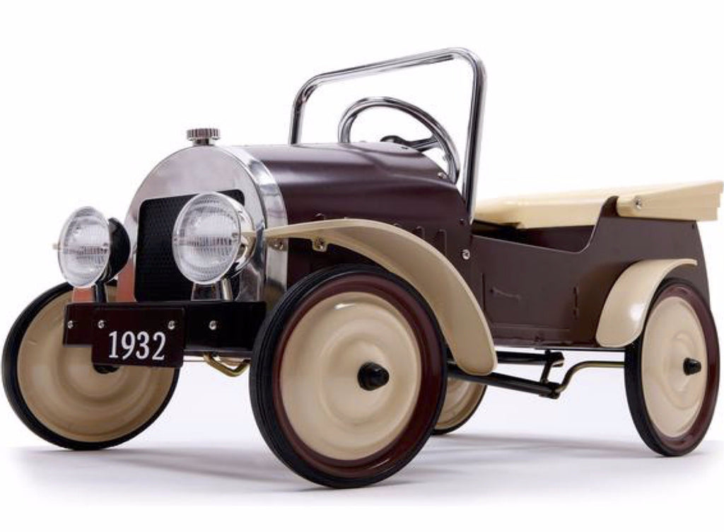 Classic Pedal Car Country in Brown design by BD
