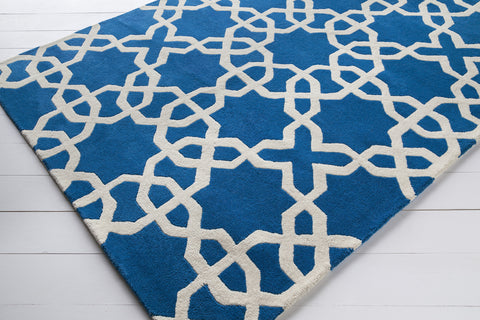 Davin Collection Hand-Tufted Area Rug in Blue & White