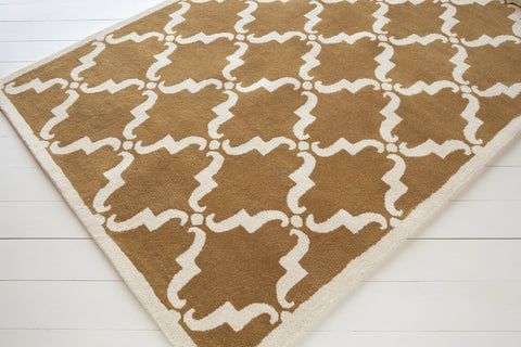 Davin Collection Hand-Tufted Area Rug in Rusty Orange & White design by Chandra rugs