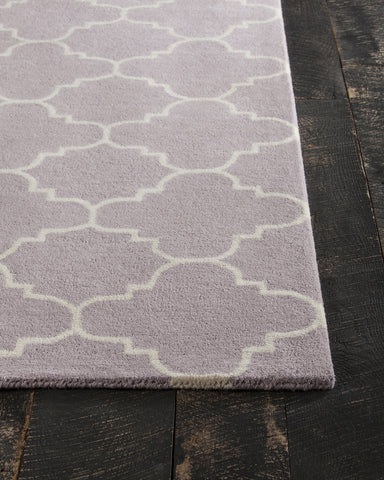 Davin Collection Hand-Tufted Area Rug in Light Purple & White