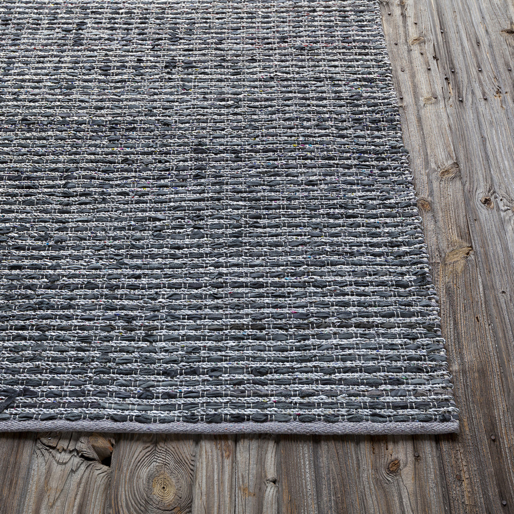 Easton Collection Hand-Woven Area Rug in Blue & Grey