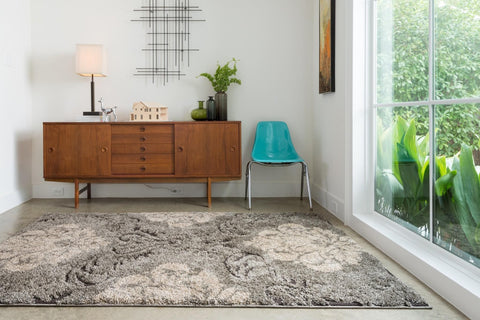 Enchant Rug in Smoke & Beige design by Loloi