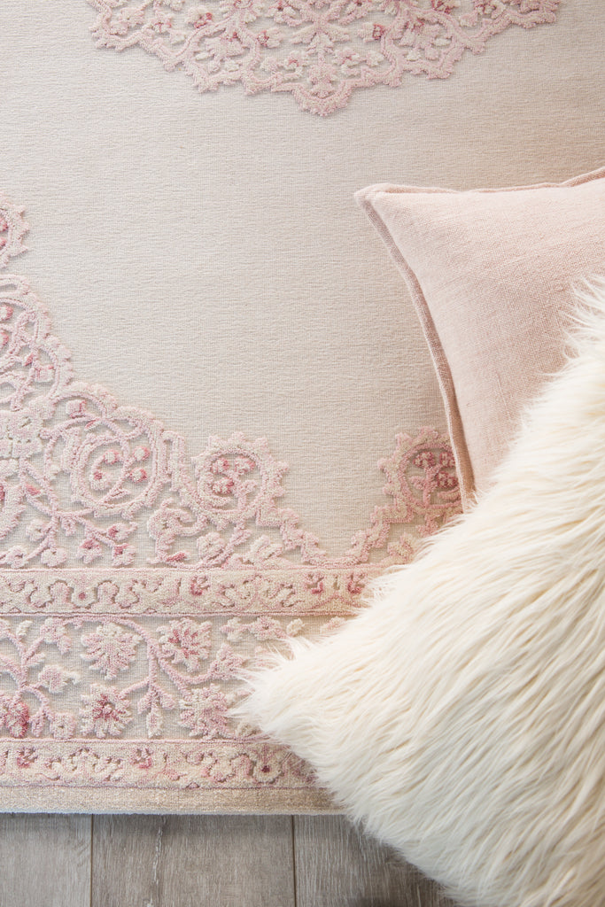 Malo Medallion Pink & White Area Rug
