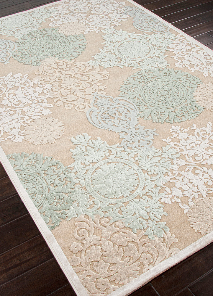 Wistful Medallion Beige & Green Area Rug