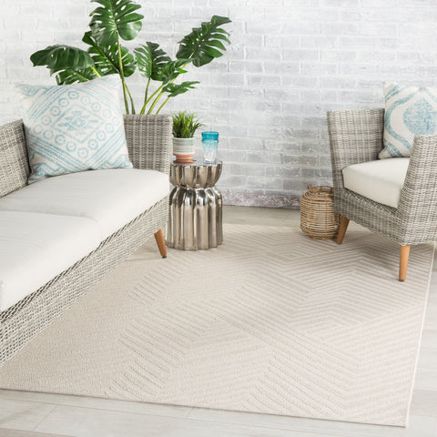 Linet Indoor/ Outdoor Chevron Cream Rug by Jaipur Living