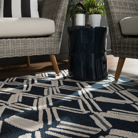 Caelum Indoor/ Outdoor Trellis Navy/ Cream Rug by Jaipur Living