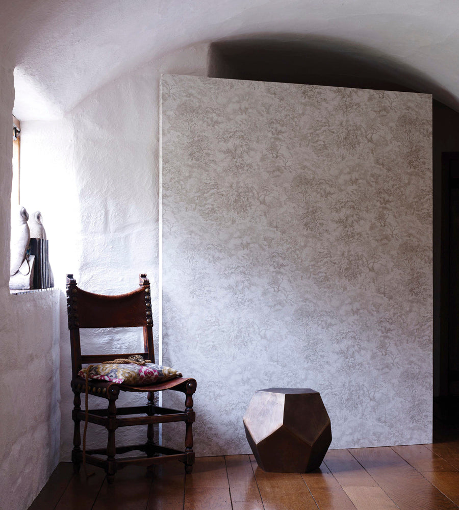 Folyo Wallpaper from the Pasha Collection by Osborne & Little