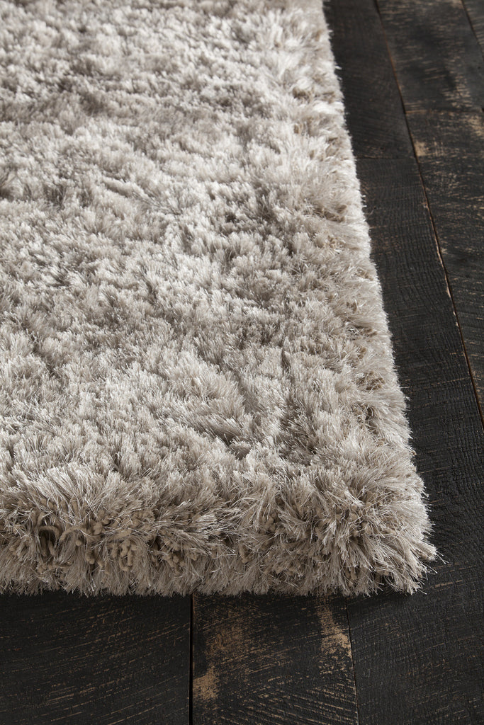 Giulia Collection Hand-Woven Area Rug in Tan