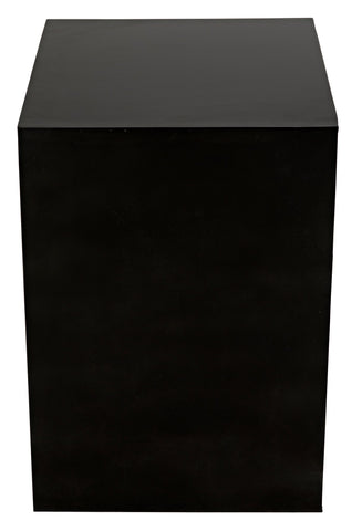 Quintin Side Table