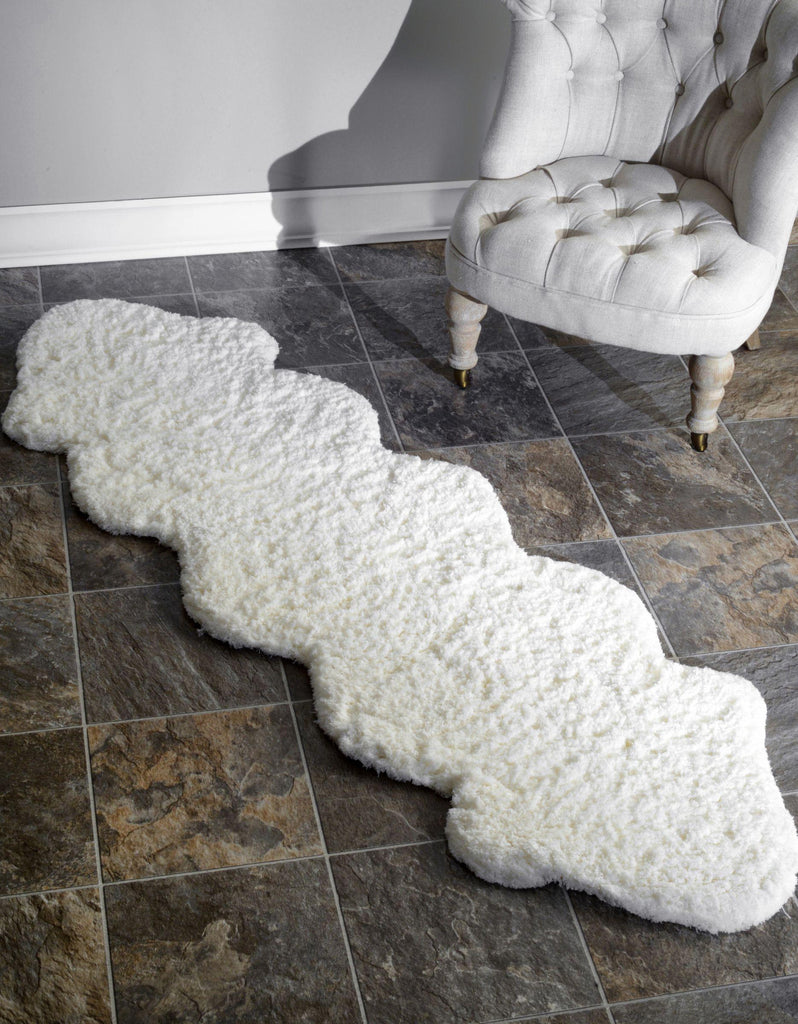 Hand Tufted Double Pelt Faux Sheepskin Rug in Natural design by NuLoom