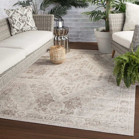 Farra Indoor/ Outdoor Medallion Tan & Gray Area Rug