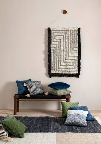 Bran Rug in Black & Cream