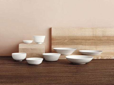 Teema Serving Bowl in Various Sizes design by Kaj Franck for Iittala