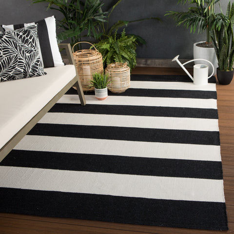 Remora Indoor/ Outdoor Stripe Black & Ivory Area Rug