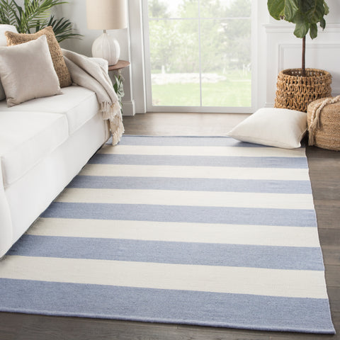 Remora Indoor/ Outdoor Stripe Blue & Ivory Area Rug
