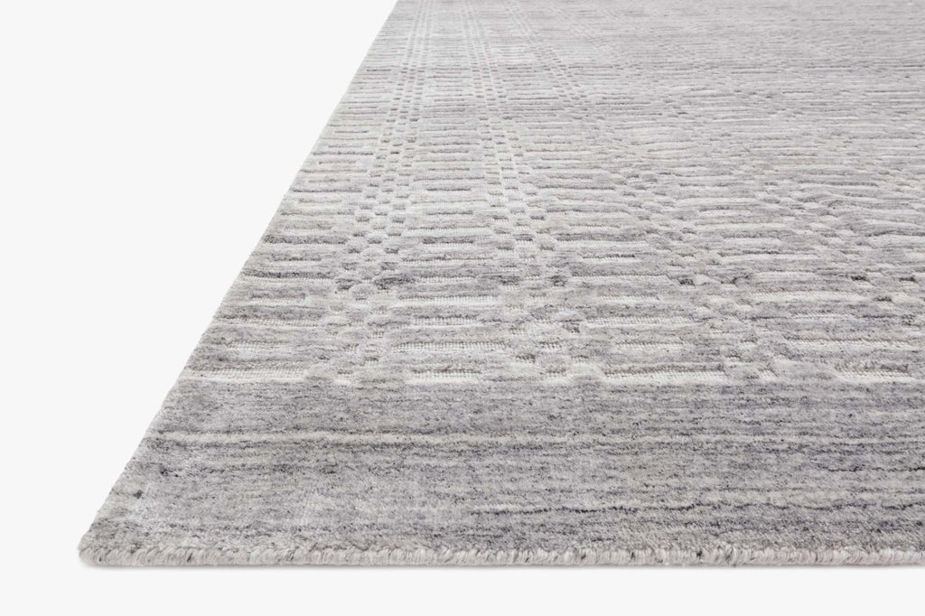 Lennon Rug in Silver by Loloi