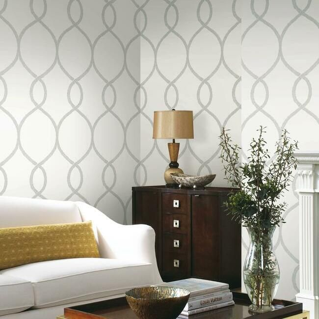 Laurel Leaf Ogee Wallpaper in Grey from the Ronald Redding 24 Karat Collection by York Wallcoverings