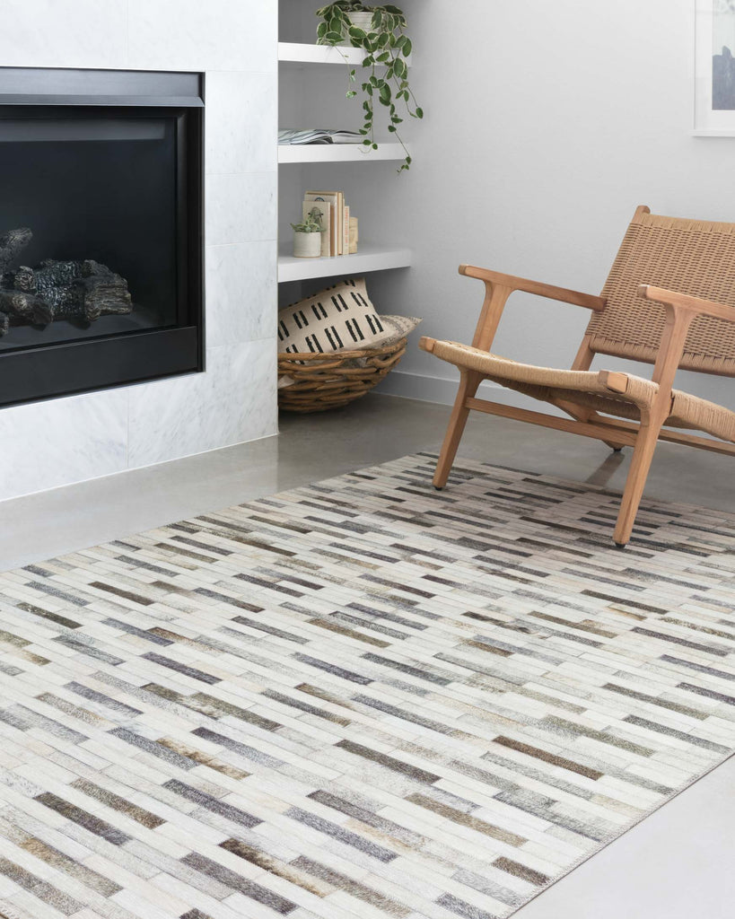 Maddox Rug in Ivory & Grey by Loloi II