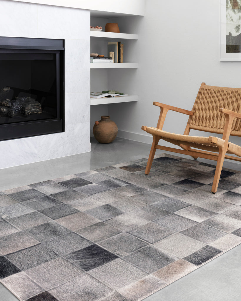 Maddox Rug in Charcoal / Grey by Loloi II